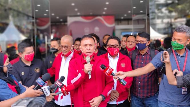Ketua Umum PSSI, Mochamad Iriawan bersama jajarannya.