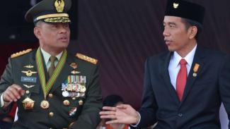 VIVA Militer: Jenderal TNI Gatot Nurmantyo (kiri) dan Presiden RI Joko Widodo