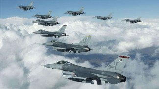 VIVA Militer: Pesawat Tempur F-16 Fighting Falcon