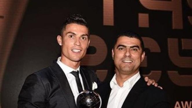 Cristiano Ronaldo dan sang kakak, Hugo Aveiro.