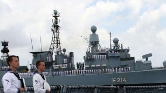 VIVA Militer: Kapal Perang Jerman Lubeck F214