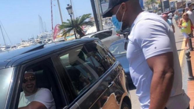 Anthony Joshua dan Tyson Fury jumpa di Marbella, Spanyol