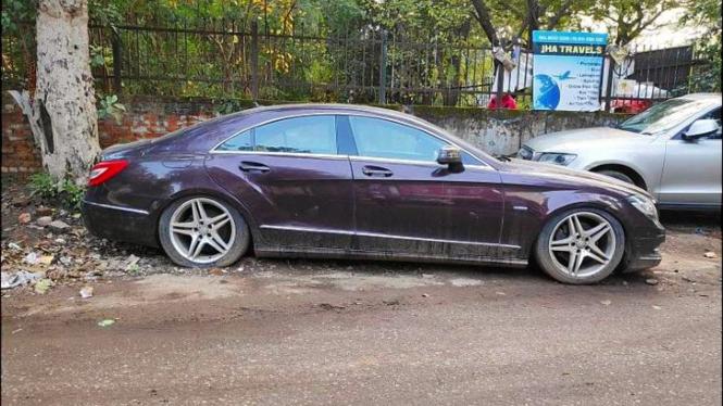 Mercedes-Benz CLS tak bertuan di India