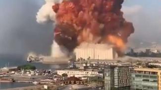 VIVA Militer: Ledakan dahsyat di Beirut ibukta Lebanon