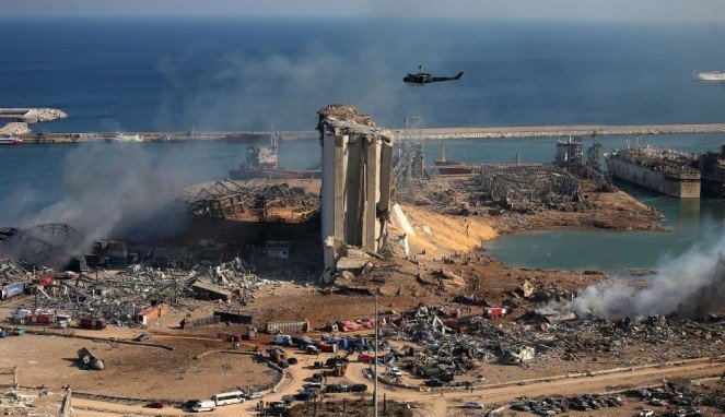 https://thumb.viva.co.id/media/frontend/thumbs3/2020/08/06/5f2bd25f34d78-lebanon-yang-diketahui-sejauh-ini-soal-ledakan-beirut_663_382.jpg