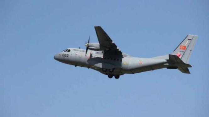 VIVA Militer: Pesawat Casa CN-235 Angkatan Udara Turki.