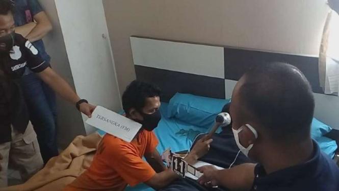 Rekonstruksi pembunuhan janda muda di Apartemen Margonda Residence
