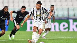 Cristiano Ronaldo cetak gol ke gawang Lyon