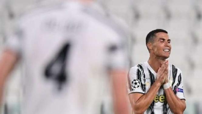 Ekspresi Cristiano Ronaldo setelah Juventus tersingkir dari Liga Champions.