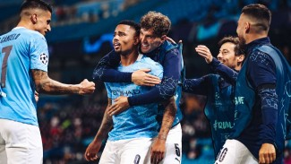 Pemain Manchester City rayakan gol Gabriel Jesus.