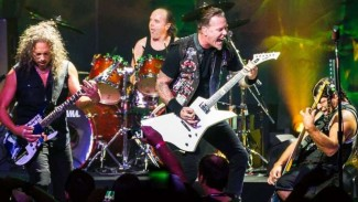 VIVA Militer: Band thrash metal legendaris Amerika Serikat (AS), Metallica