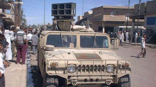 VIVA Militer: Kendaraan lapis baja Angkatan Bersenjata AS dengan pengeras suara