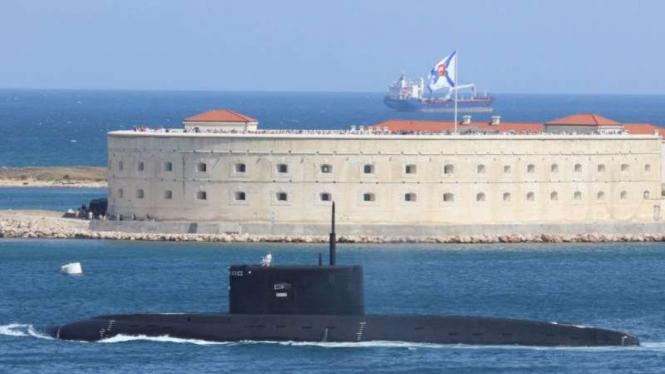 VIVA Militer: Kapal selam Angkatan Laut Rusia
