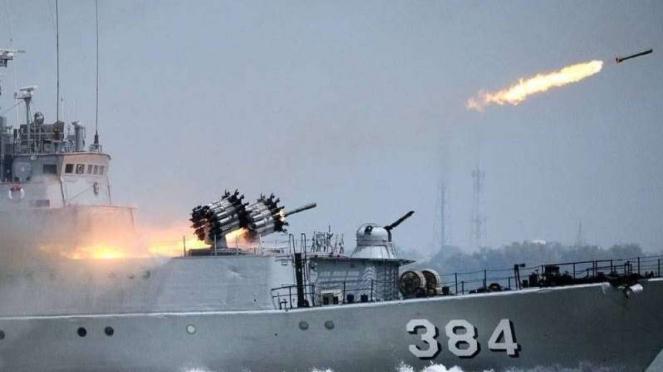 VIVA Militer: Kapal perang TNI Angkatan Laut, KRI Pati Unus (384)