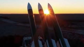 VIVA Militer: Missile nuclear ilustration.