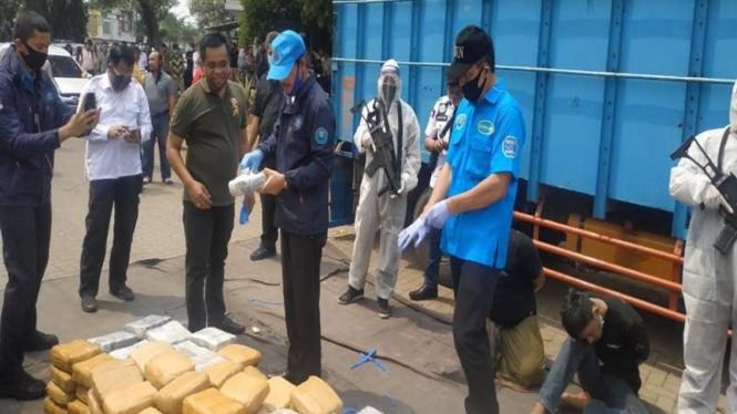 BNN menggagalkan penyelundupan ratusan kilogram ganja