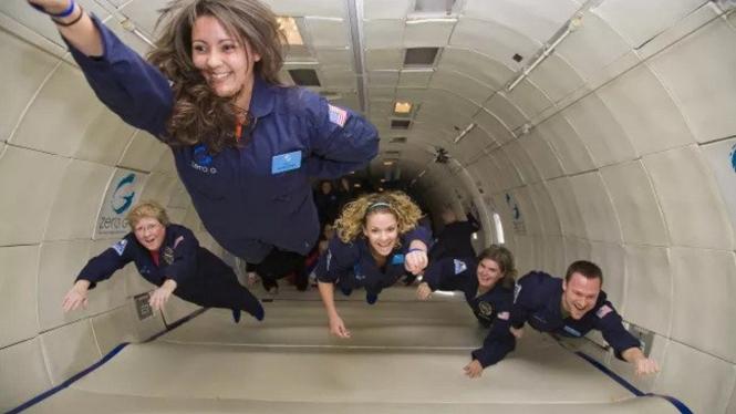 Penerbangan nol gravitasi