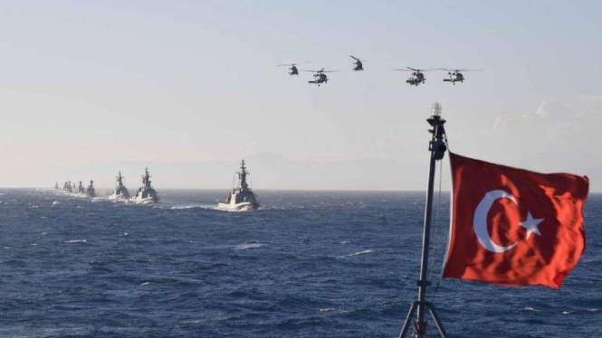 VIVA Militer: Kapal perang Angkatan Laut  Turki