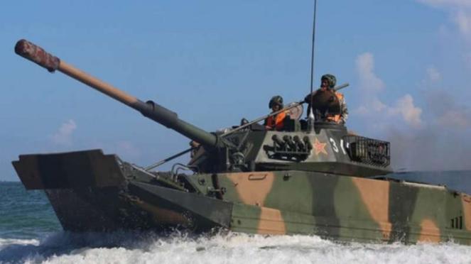 VIVA Militer: Tank amfibi Type-05 Tentara Pembebasan Rakyat China