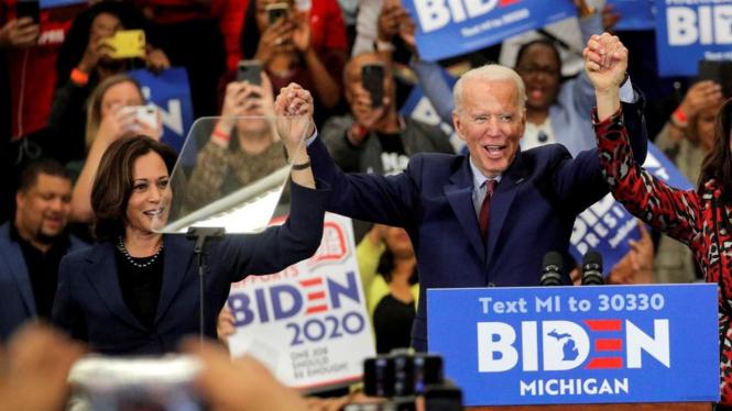 Kamala Harris dan Joe Biden.