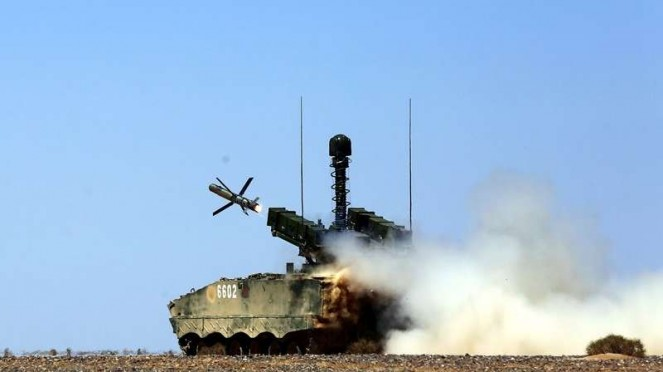 VIVA Militer: Rudal anti-tank HJ-10 (Red Arrow) militer China