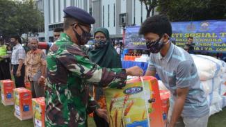 VIVA Militer : Peringati HUT Kemerdekaan RI ke-75 Koarmada I gelar Bakti Sosial