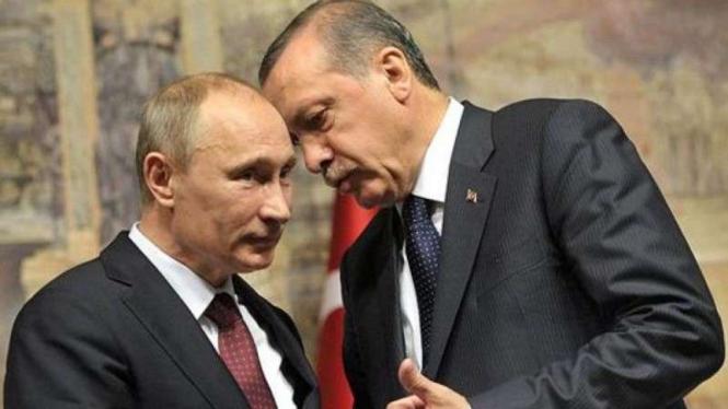 VIVA Militer: Recep Tayyip Erdogan (Kanan) dan Vladimir Putin (kiri)