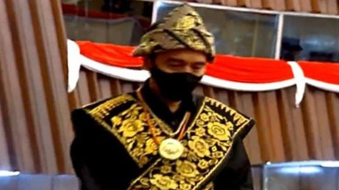 Presiden Jokowi menggunakan pakaian adat NTT di Sidang Tahunan MPR