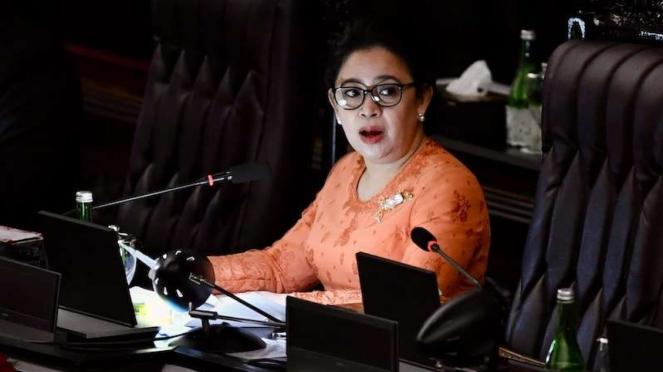 Ketua DPR Puan Maharani menyampaikan pidato pengantar dalam rangka Sidang Bersama DPR-DPD di Ruang Rapat Paripurna, Komplek Parlemen, Jakarta, Jumat (14/8/2020).