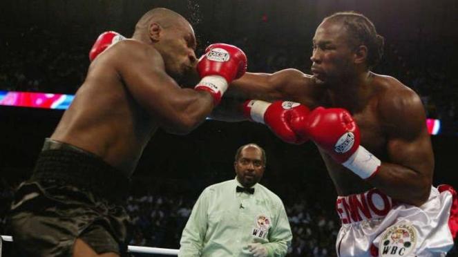 Pertarungan Mike Tyson vs Lennox Lewis 8 Juni 2002