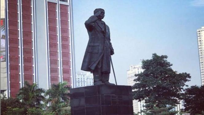 Patung Jenderal Sudirman di Jalan Jend Sudirman Jakarta Pusat