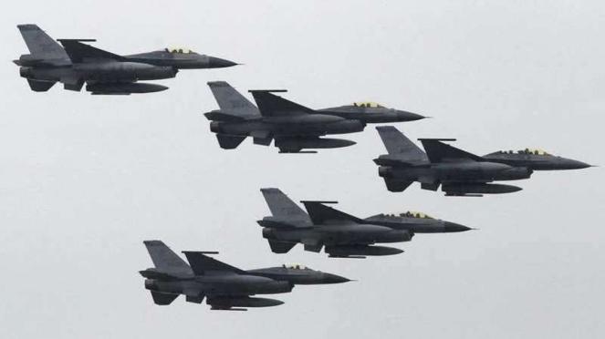 VIVA Militer: Jet tempur F-16 Fighting Falcon Angkatan Udara Taiwan (ROCAF)