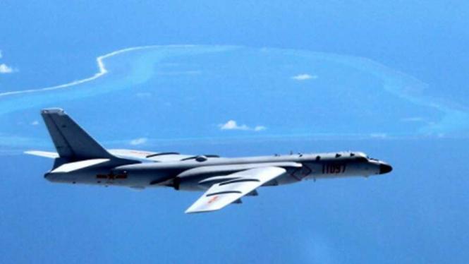 VIVA Militer: Pesawat pembom H-6J Angkatan Udara China (PLAAF)