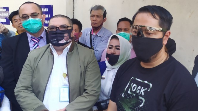 Pengacara Vicky Prasetyo, Razman A Nasution & Sunan Kalijaga di Polda Metro Jaya