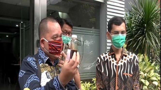 Hadi Pranoto (kanan) mendatangi Polda Metro Jaya guna menjalani pemeriksaan