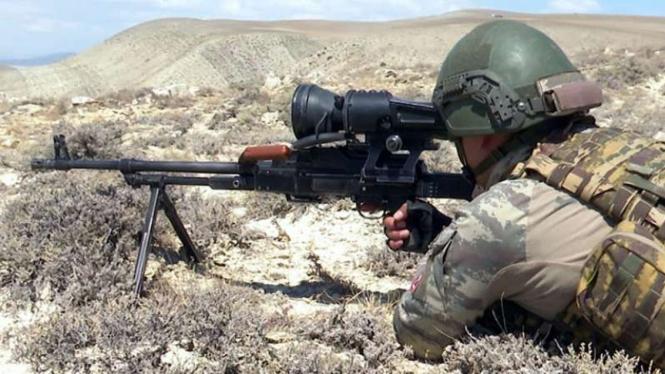 VIVA Militer: Pasukan sniper militer Azerbaijan.