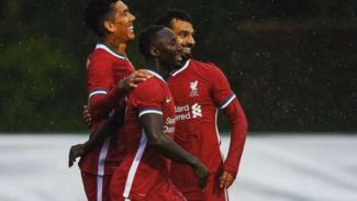 Selebrasi gol pemain Liverpool.