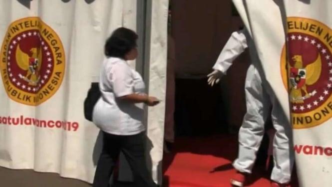 BIN menggelar pemeriksaan kesehatan deteksi dini penyebaran COVID-19 dengan metode swab terhadap para pegawai Kementerian Sosial di Jakarta, Rabu, 26 Agustus 2020. (Foto ilustrasi)