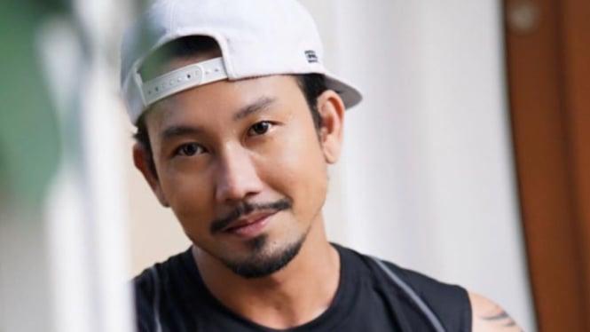 Denny Sumargo.