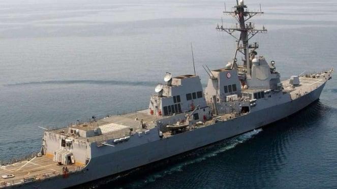 VIVA Militer: Kapal perusak peluru kendali Angkatan Laut AS, USS Mustin