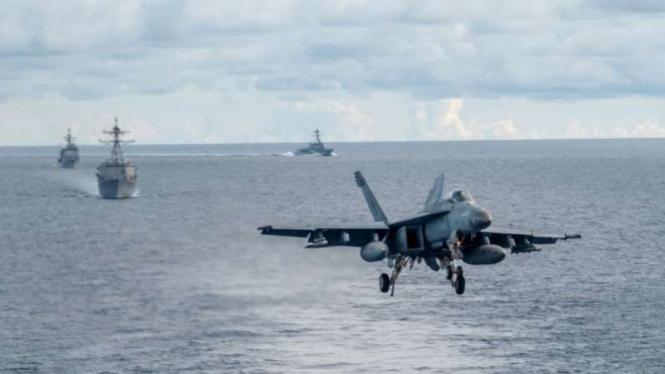 VIVA Militer: Jet tempur dan kapal perang militer China di Laut China Selatan