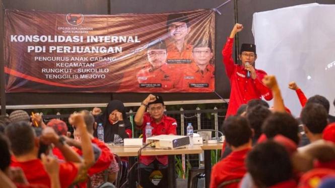 Ketua PDIP Surabaya Adi Sutarwijono.