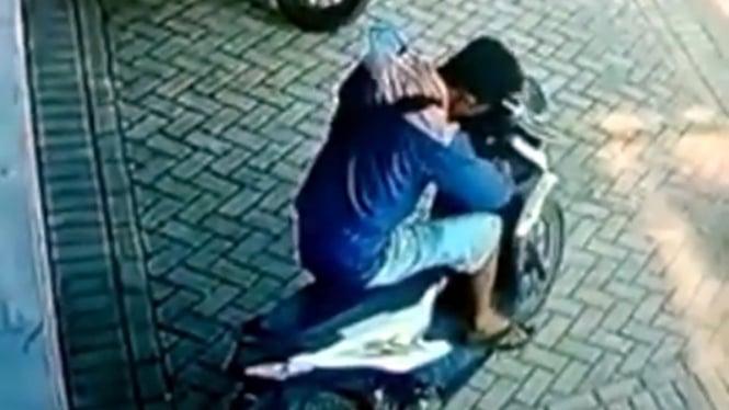 Ilustrasi pencurian sepeda motor