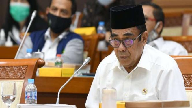 Menteri Agama Fachrul Razi saat rapat kerja dengan Komisi VIII DPR