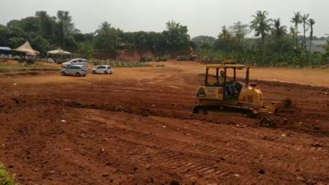 Lahan permakaman jenazah COVID-19 di Tempat Pemakaman Umum (TPU) Pondok Ranggon.