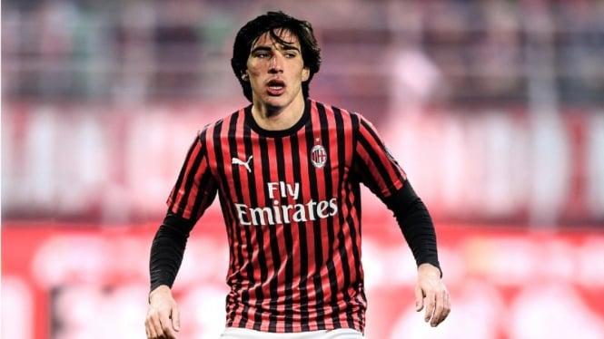 Pemain AC Milan, Sandro Tonali