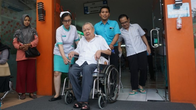 Dokter Lo Siauw Ging