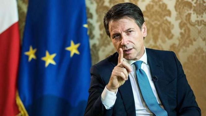 VIVA Militer: Perdana Menteri Italia, Giuseppe Conte