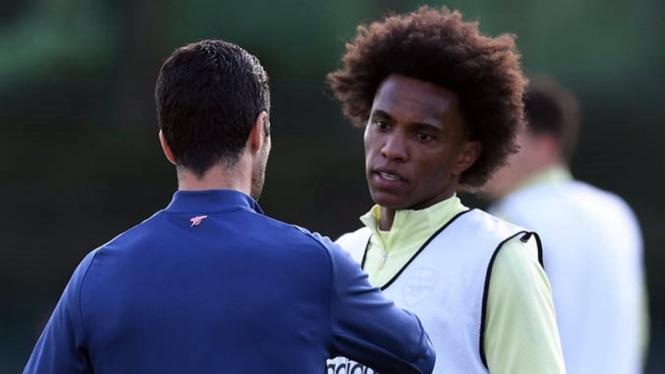Willian dalam latihan Arsenal