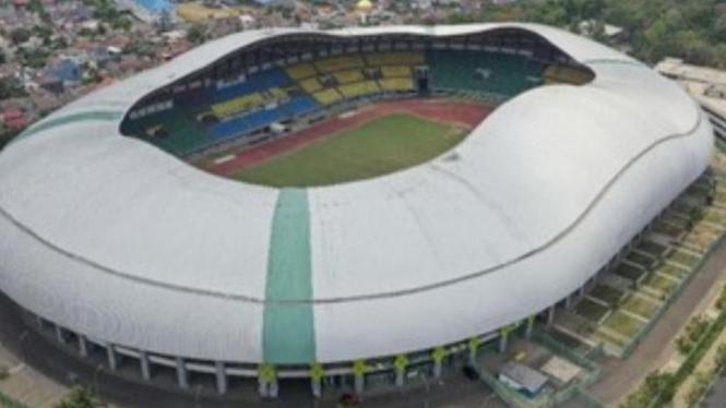 Stadion Patriot Chnadrabhaga Kota Bekasi (foto Antara/Nur Terbit)